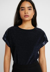 Dorothy Perkins Tall - LUREX SEQUIN TEE - T-shirts med print - navy - 0