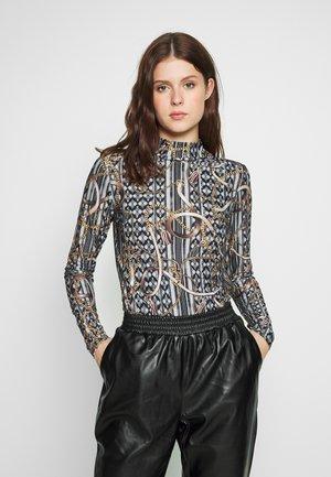 TWIST NECK BELT TOP - Long sleeved top - black