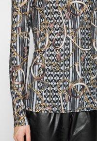Dorothy Perkins Tall - TWIST NECK BELT TOP - Maglietta a manica lunga - black - 5