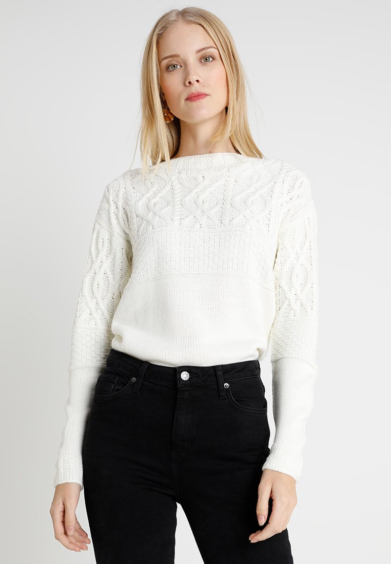 Dorothy Perkins Tall - MAGGIE CABLE YOKE JUMPER - Jumper - ivory