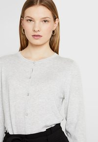 Dorothy Perkins Tall - CORE CARDI - Neuletakki - grey - 4