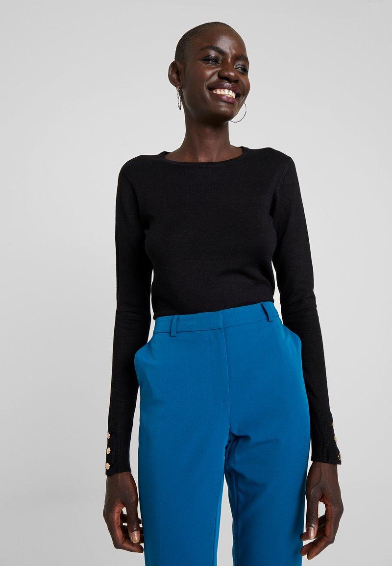 Dorothy Perkins Tall - BUTTON CUFF FINE GAUGE JUMPER - Sweter - black