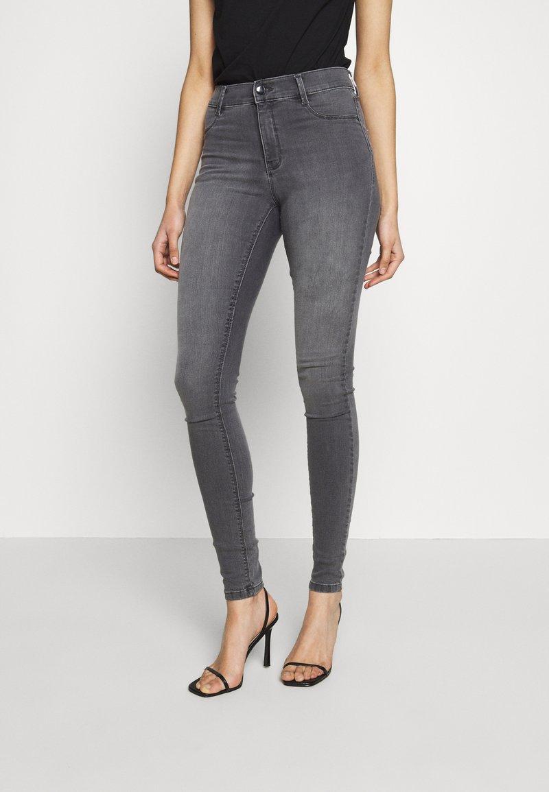 Dorothy Perkins Tall - FRANKIE - Jeans Skinny - light grey