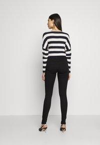 Dorothy Perkins Tall - FRANKIE - Jeans Skinny Fit - black - 2