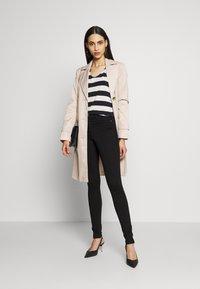Dorothy Perkins Tall - FRANKIE - Jeans Skinny Fit - black - 1