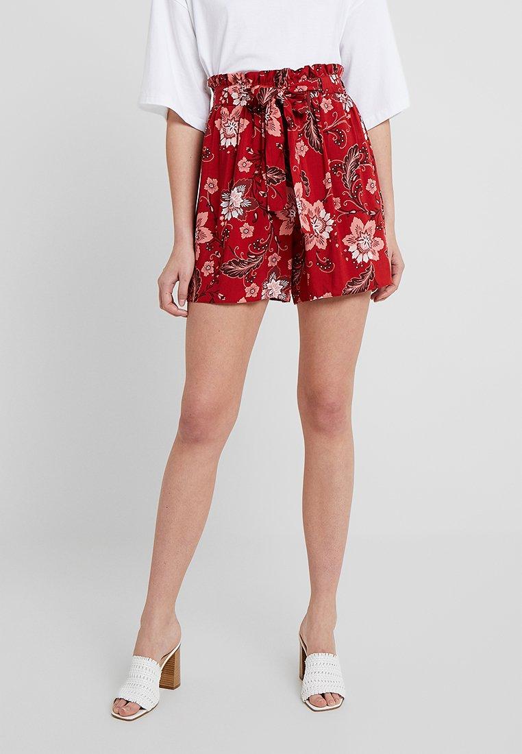 Dorothy Perkins Tall - SARASSA TAB DETAIL - Shorts - red