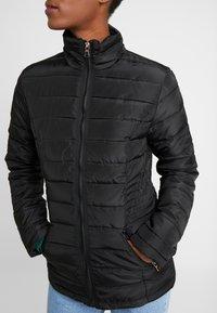 Dorothy Perkins Tall - SUSTAINABLE LIGHTWEIGHT JACKET - Light jacket - black - 5