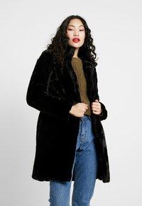 Dorothy Perkins Tall - LONGLINE PELTED - Płaszcz zimowy - black - 0