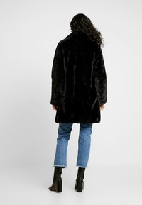 Dorothy Perkins Tall - LONGLINE PELTED - Winter coat - black