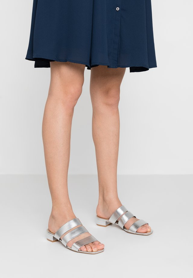 WIDE FIT STORMY - Mules - silver