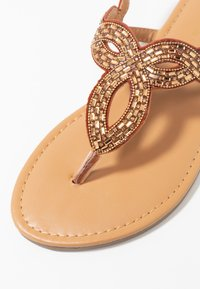 Dorothy Perkins Wide Fit - WIDE FIT FREDDY - tåsandaler - tan - 2