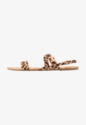 WIDE FIT FABIA - Sandaalit nilkkaremmillä - multicolor