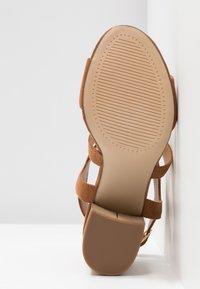 Dorothy Perkins Wide Fit - WIDE FIT SPYE CROSS OVER BLOCK  - High heeled sandals - tan - 6