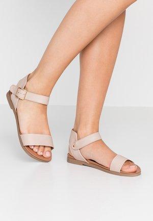 WIDE FIT FRANCINE - Sandaler - nude