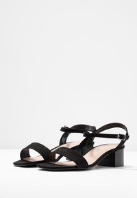 Dorothy Perkins - WIDE FIT BRIGHT SQUARE TOE BLOCK HEEL - Sandály - black - 4