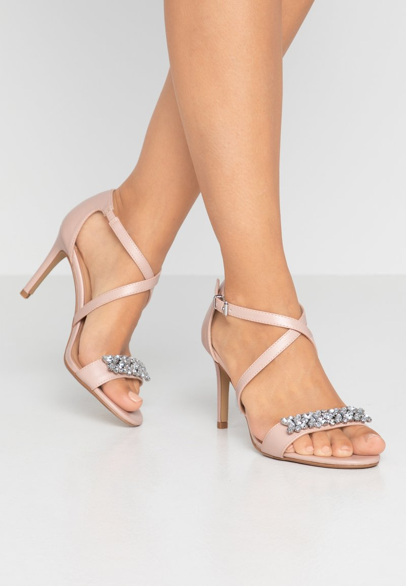 Dorothy Perkins Wide Fit - WIDE FIT BING JEWEL  - Sandali con tacco - nude