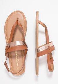 Dorothy Perkins Wide Fit - WIDE FIT FUTURE - Sandály s odděleným palcem - tan/gold - 3