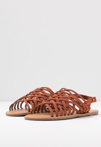 Dorothy Perkins Wide Fit - WIDE FIT FISHER - Sandalias - rust - 4