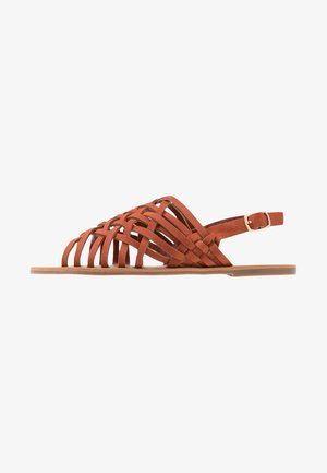 WIDE FIT FISHER - Sandalen - rust