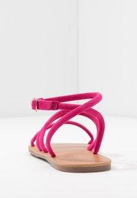 Dorothy Perkins Wide Fit - WIDE FIT TUBULAR  - Sandaalit nilkkaremmillä - pink - 5