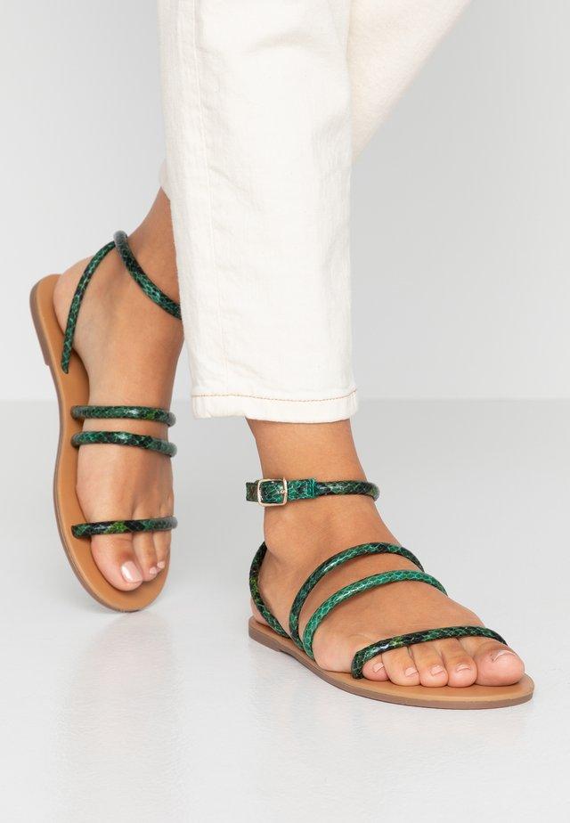 WIDE FIT TUBULAR  - Sandales - green