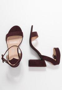 Dorothy Perkins Wide Fit - WIDE FIT BIKINI BLOCK - Sandales à talons hauts - burgundy - 3