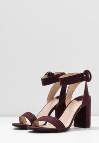 Dorothy Perkins Wide Fit - WIDE FIT BIKINI BLOCK - Sandales à talons hauts - burgundy - 4