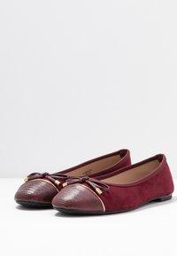 Dorothy Perkins Wide Fit - WIDE FIT PISA TOE CAP - Ballerina's - burgundy - 4