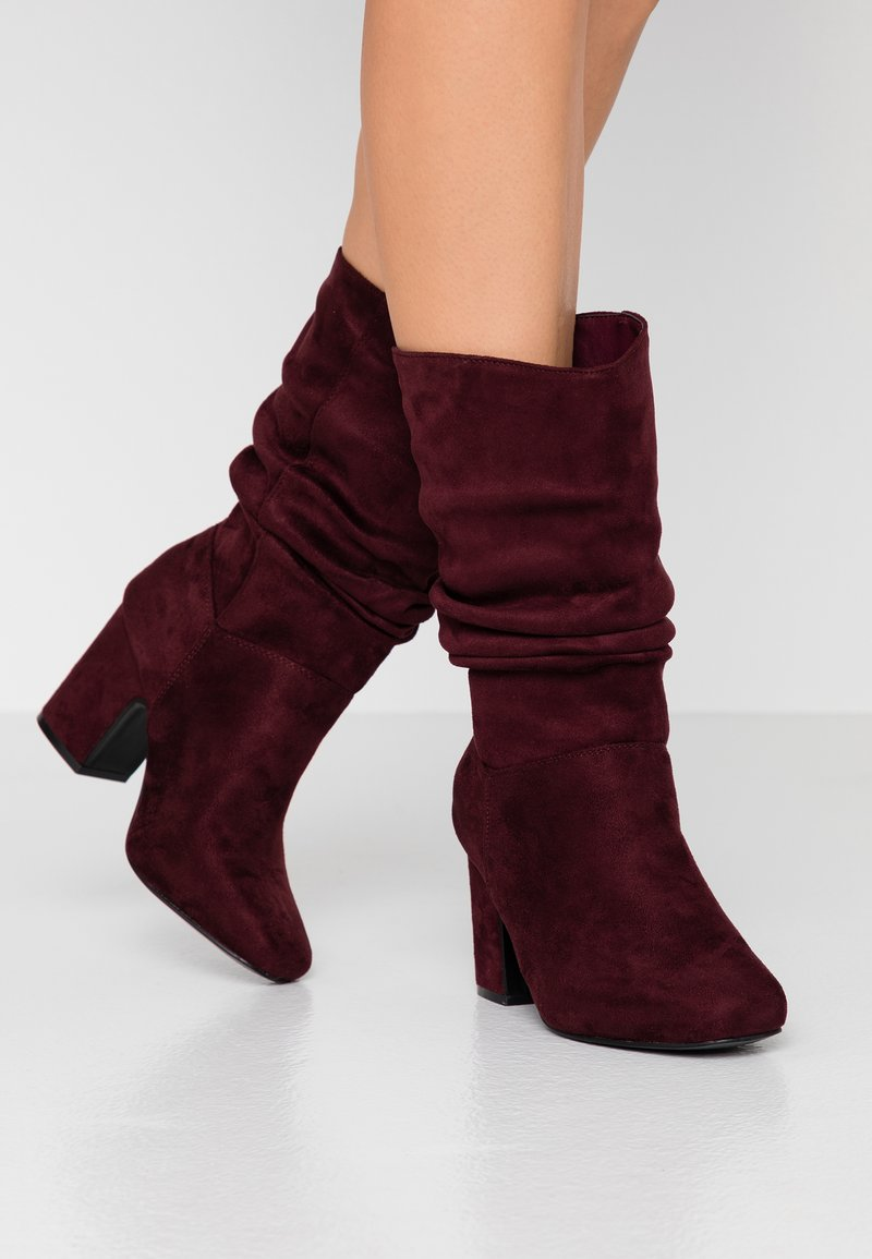 Dorothy Perkins Wide Fit - WIDE FIT KIND RUCHED BOOT - Boots - oxblood