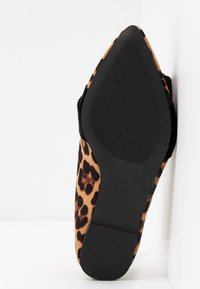 Dorothy Perkins Wide Fit - WIDE FIT PERCY LEOPARD - Instappers - brown - 6