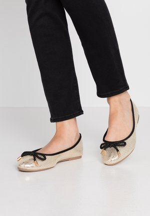 WIDE FIT PRISCILLA PUMP - Ballerina - gold