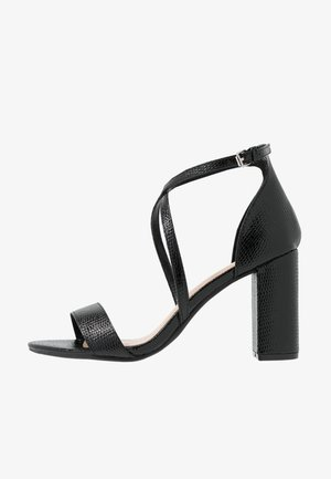 WIDE FIT SELLY CROSS OVER - Sandales à talons hauts - black