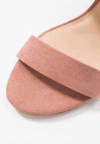 Dorothy Perkins Wide Fit - WIDE FIT SADE DOUBLE STRAP MULE - Sandalias - blush - 2