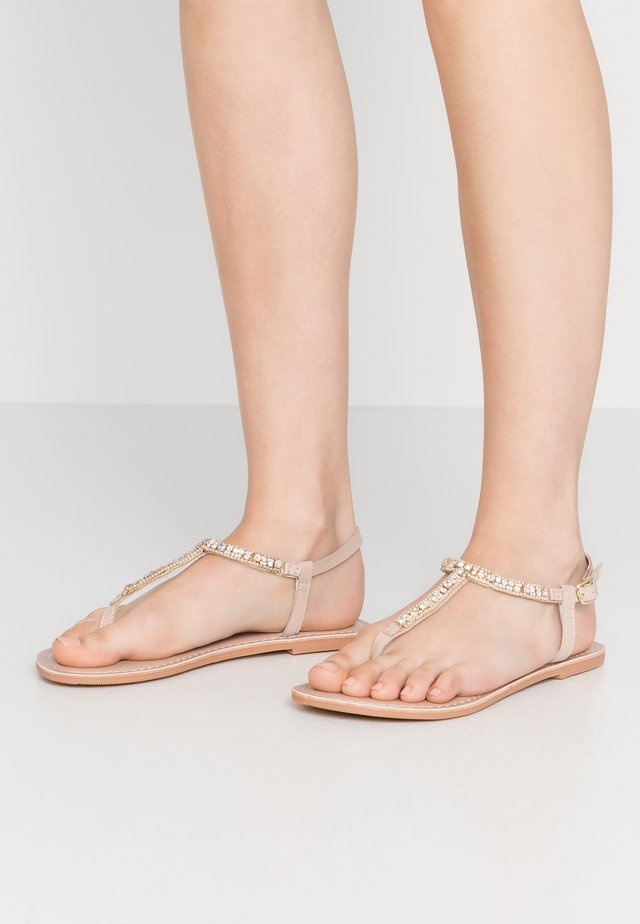WIDE FIT JULES FLOWER TOESPORT - Zehentrenner - nude