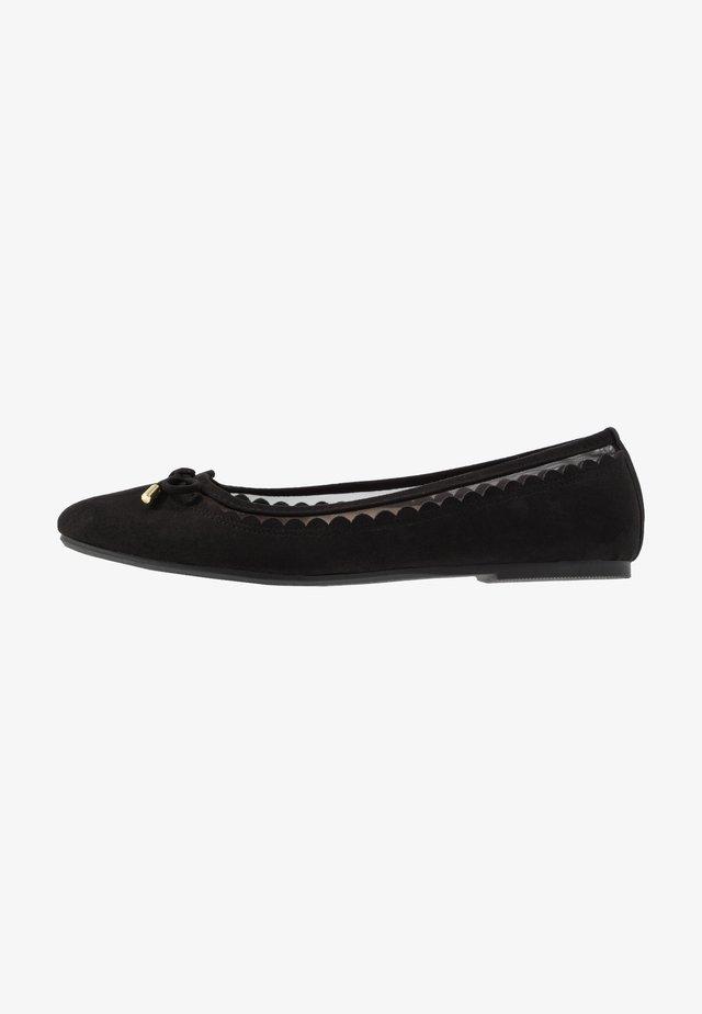 WIDE FIT PIPPASCALLOP ROUND TOE  - Ballerinaskor - black
