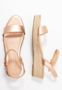 Dorothy Perkins Wide Fit - WIDE FIT RHIANNA 2 PART - Espadrilky - rose gold - 3
