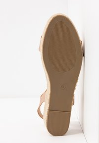 Dorothy Perkins Wide Fit - WIDE FIT RHIANNA 2 PART - Espadrilky - rose gold - 6