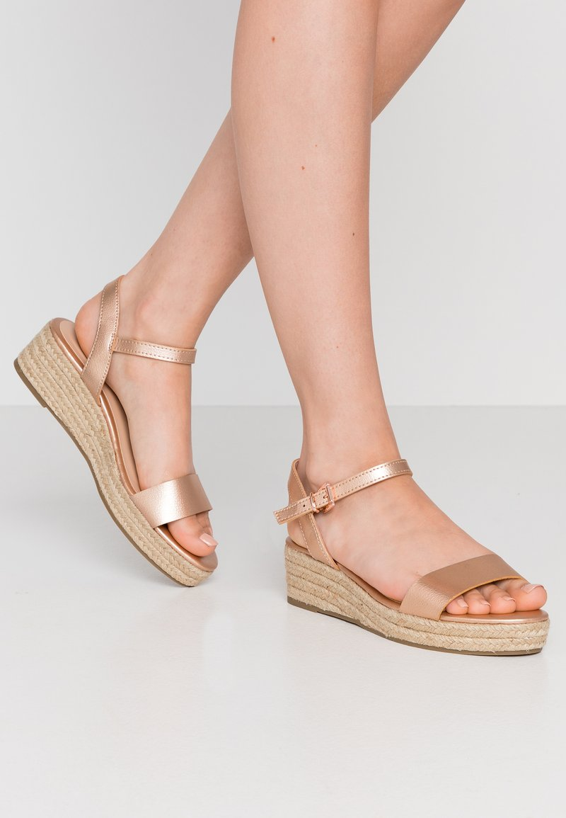 Dorothy Perkins Wide Fit - WIDE FIT RHIANNA 2 PART - Espadrilky - rose gold