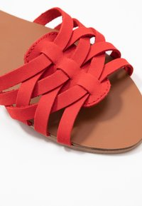 Dorothy Perkins Wide Fit - WIDE FIT JINX - Sandaler - red - 2