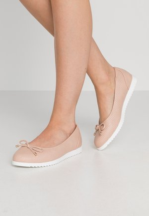 WIDE FIT PERKS COMFORT  - Ballet pumps - nude