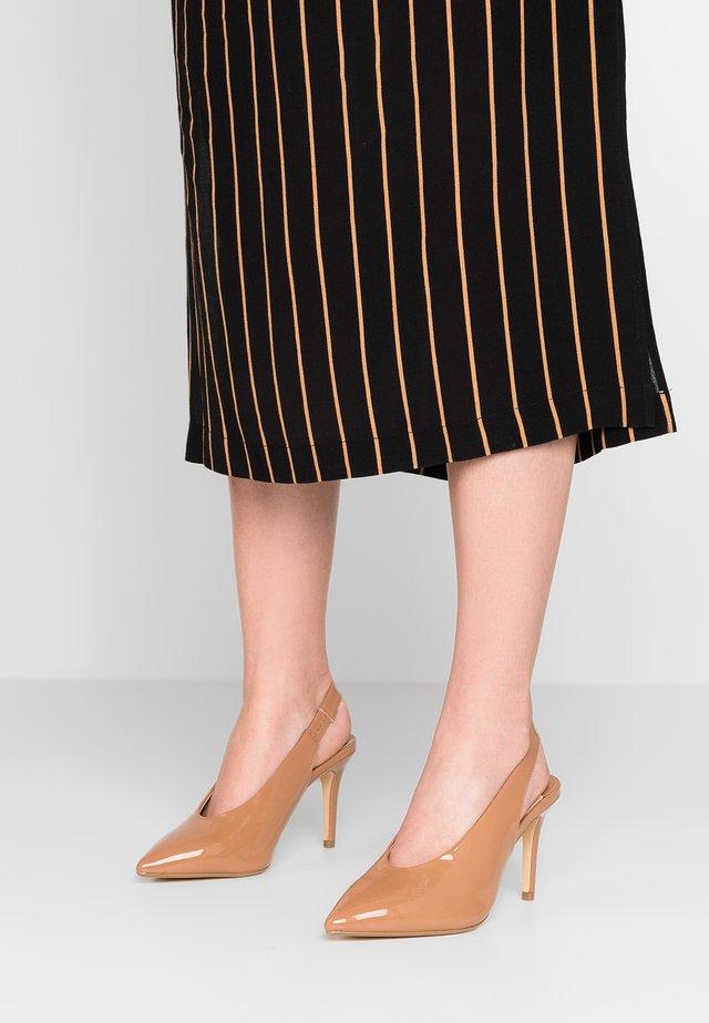 WIDE FIT DAISY - High heels - bone