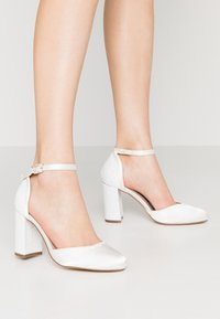 Dorothy Perkins Wide Fit - WIDE FIT MIMOSA - High Heel Pumps - white - 0