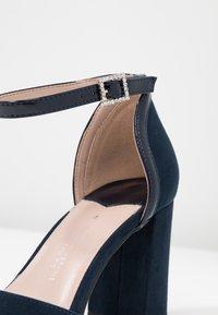 Dorothy Perkins Wide Fit - WIDE FIT DERBY - High heels - navy - 2