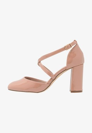 WIDE FIT ESTHER COURT - Pumps - nude