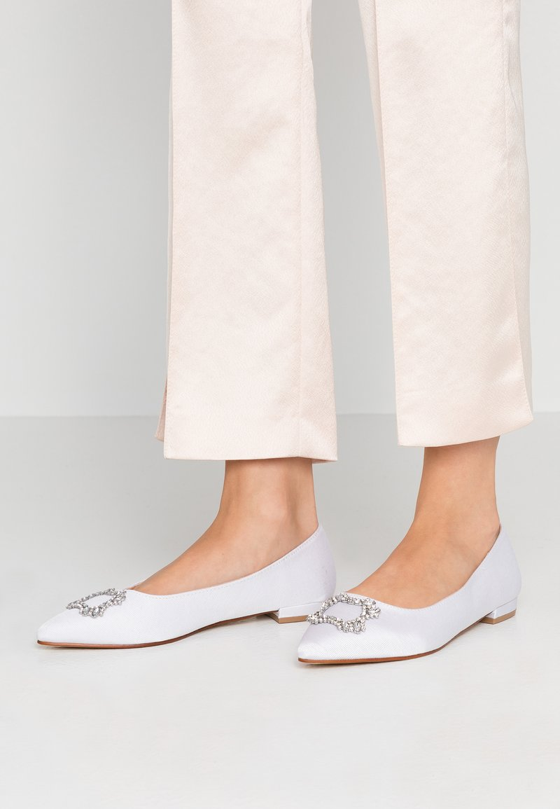 Dorothy Perkins Wide Fit - WIDE FIT PEYTON - Bailarinas - white