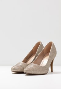 Dorothy Perkins Wide Fit - WIDE FIT DEEDEE ALMOND TOE COURT - Høye hæler - gold - 4