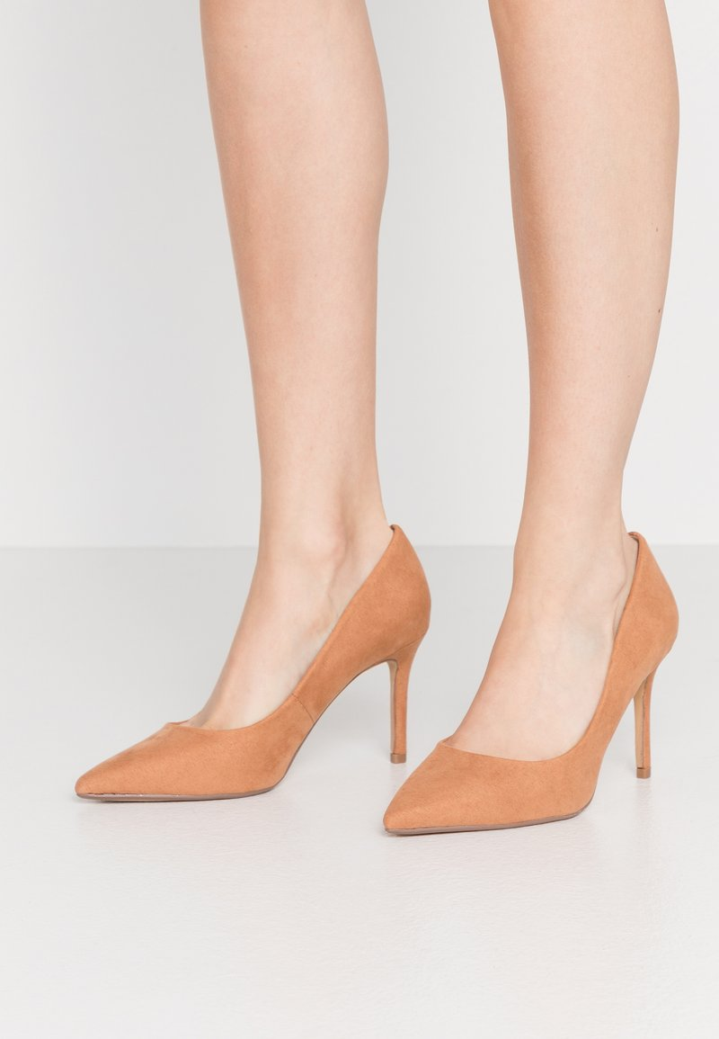Dorothy Perkins Wide Fit - WIDE FIT DELE POINT COURT - Szpilki - taupe