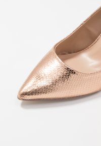Dorothy Perkins Wide Fit - WIDE FIT DELE POINT COURT - High heels - rose gold - 2