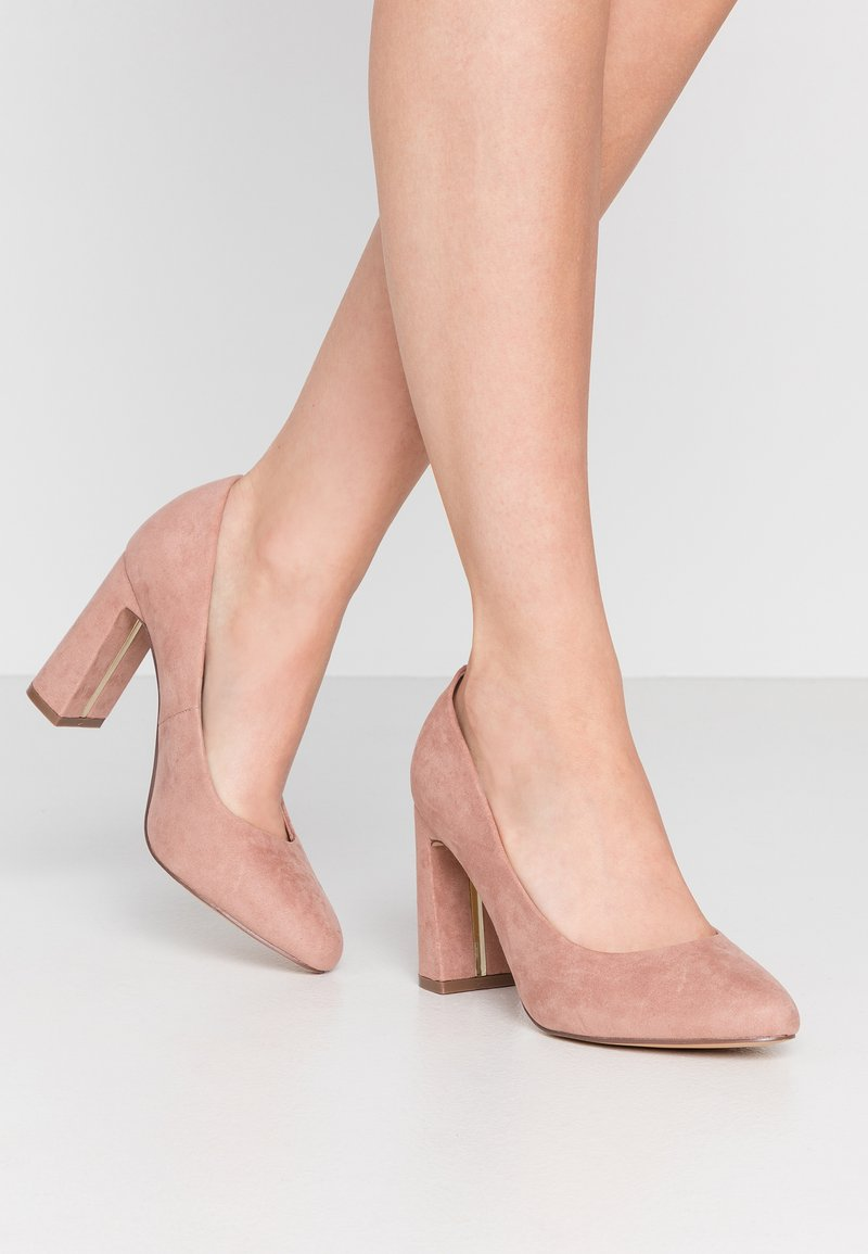 Dorothy Perkins Wide Fit - WIDE FIT DIANA ROUND TOE METAIL BLOCK - Høye hæler - blush