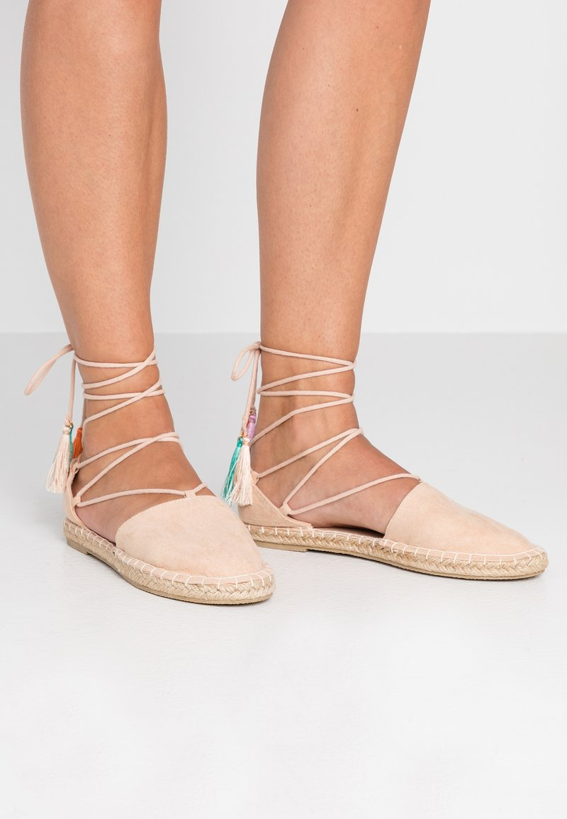 Dorothy Perkins Wide Fit - WIDE FIT CLAUD TWO PART TASSEL  - Espadrilles - nude